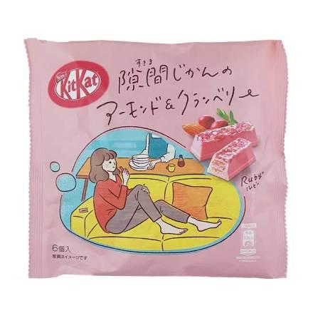 KitKat Almond & Cranberry Ruby 36,6 g